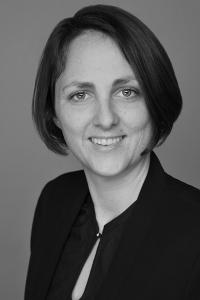 Dr. Regina Hampl